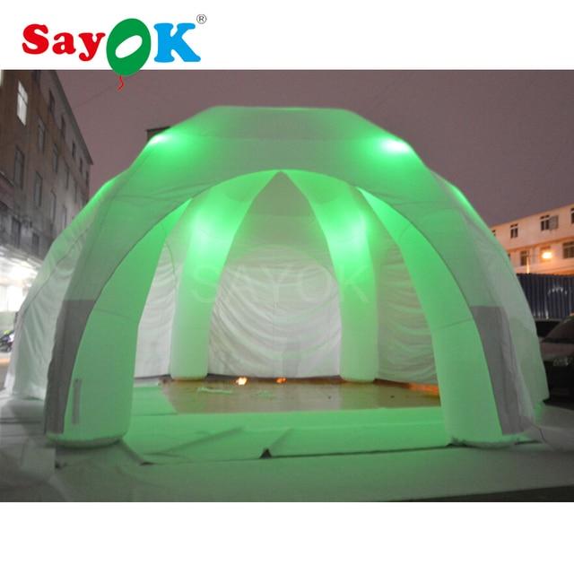 tente gonflable avec la lumi re color e tente igloo. Black Bedroom Furniture Sets. Home Design Ideas