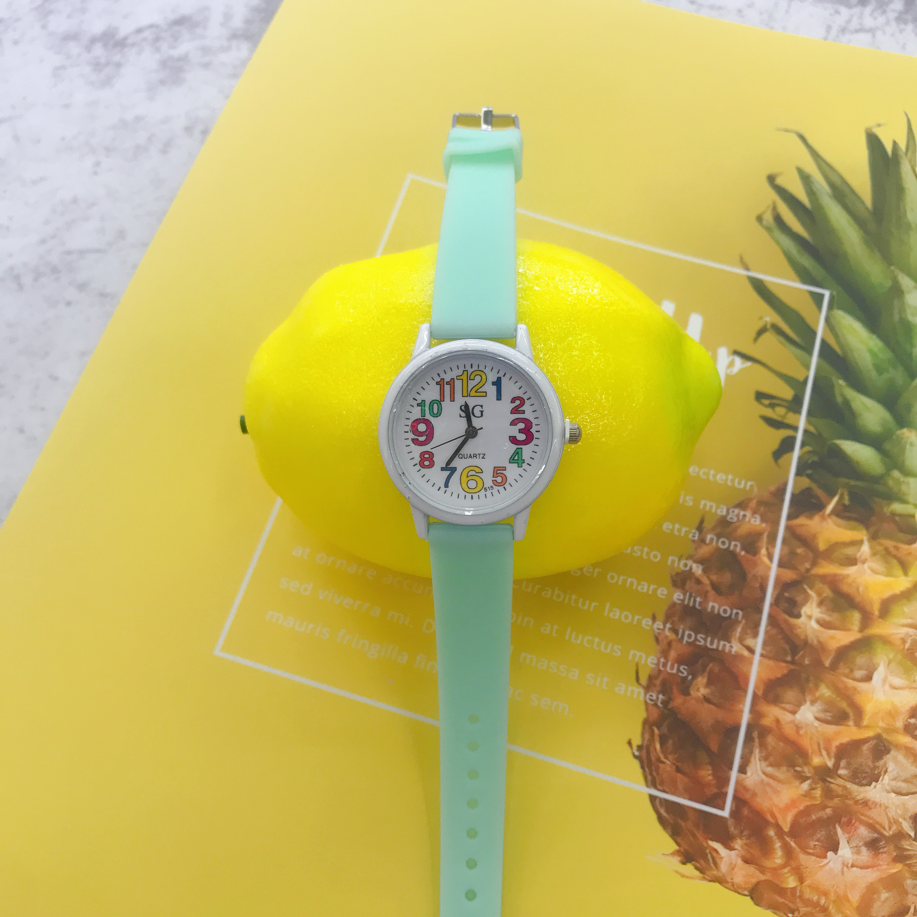 2019 Hot Fashion Simple Lovely Candy Color Silicone Strap  Kids Watches  Boys Watches  Gift For Kids Girl