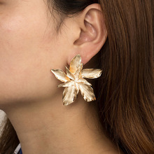 Gold Silver New Fashion Metal Flower Stud Earrings For Women Trendy Chic Statement Geometric Exaggerate Charm Jewelry