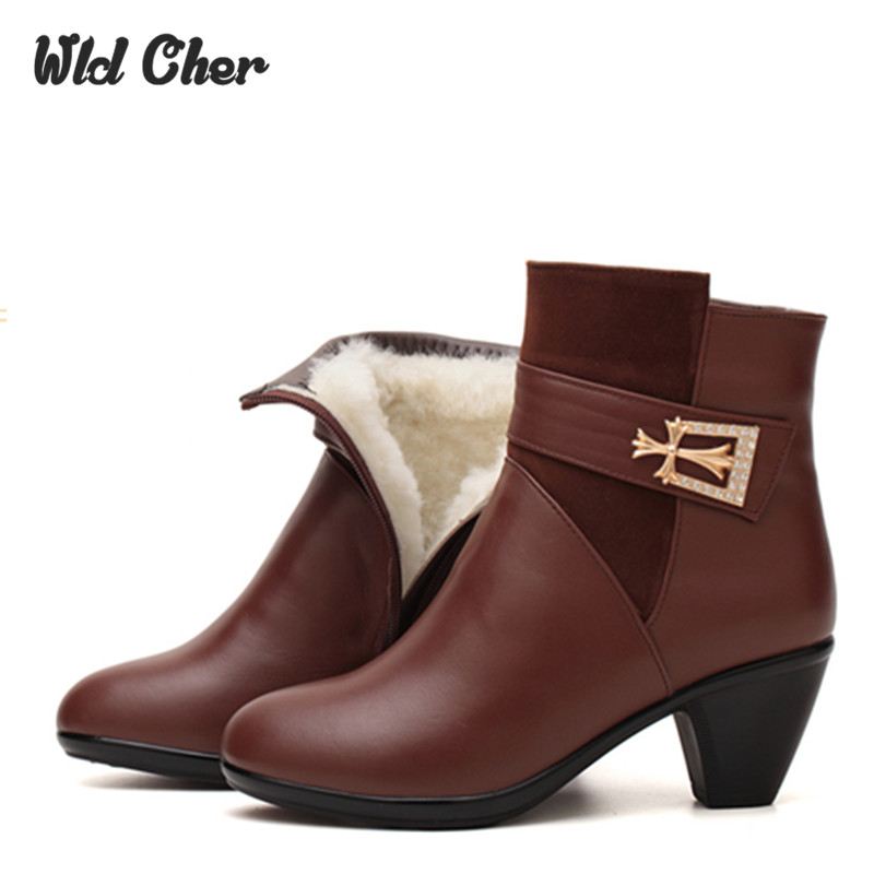Winter shoes 2017 genuine leather wool boots Mother snow boots soft bottom non slip warm Short