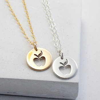 Cute Outline Apple Necklace Simple Funny Fruit Necklace Teacher Mentor Necklaces Circle Disc Necklaces for Party Gifts image