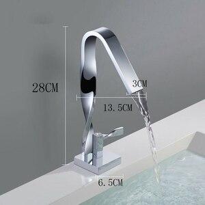 Image 4 - ツイスト浴室の蛇口洗面器クレーン水栓洗面器ミキサーtorneira蛇口水タップ真鍮ミキサーMJ9999