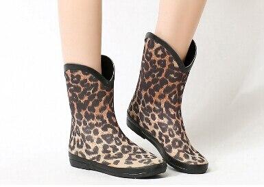 417d54756d2e Hot Sale Foldable Leopard Print Rubber Rain Boots Of Lady Wellingtons  Gumboots