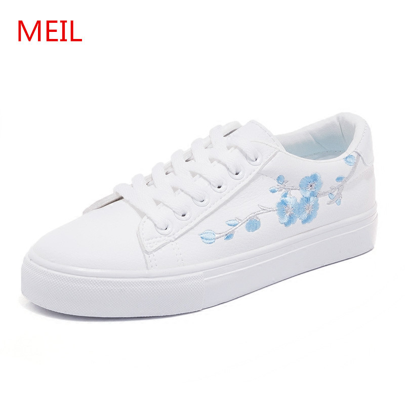 Embroidery Flowers White shoes woman Female Soft Breathable Casual sneakers  women PU Leather Flat shoes Women ladies shoes d90b78373a60