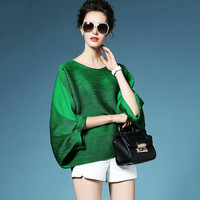 LANMREM 2019 High Quality New Fashion Loose Pleated T shirt Round Collar Batwing Half Sleeve Pleated Women's Big Size Tops YE112