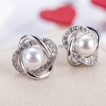 2020 Fashion Plated Crystal Star Pearl Ear Stud Earrings For Women Wedding Jewelry Bridal Accessories Boucle D'oreille Femmer 1