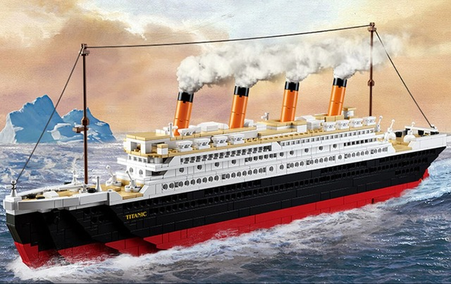 Big Titanic Ship Boat Jack Rose Figures Building Blocks
