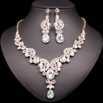 Fashion Crystal Jewelry Sets Jewelry Jewelry Sets Women Jewelry Metal Color: 2 pcs suit white