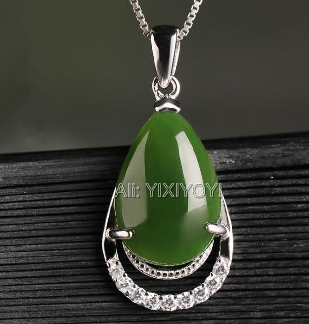 Beautiful 925 Silve Natural Green HeTian Jade Beads Dropping Dangle Lucky Pendant + Chain Necklace Fine Jewelry CertificateBeautiful 925 Silve Natural Green HeTian Jade Beads Dropping Dangle Lucky Pendant + Chain Necklace Fine Jewelry Certificate