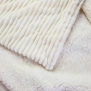 Image 2 - Reversible Künstliche Wolle Decke Super Weiche Frühling Sommer Werfen Einfarbig Einzigen Doppel Größe Korallen Fleece Sherpa Decken