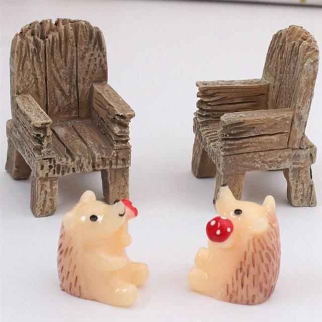 2pcs/Pair Cute Mini Simulated Wooden Chair Ornament Resin Craft Micro Landscape Fairy Garden Miniature Home Garden Decoration 5