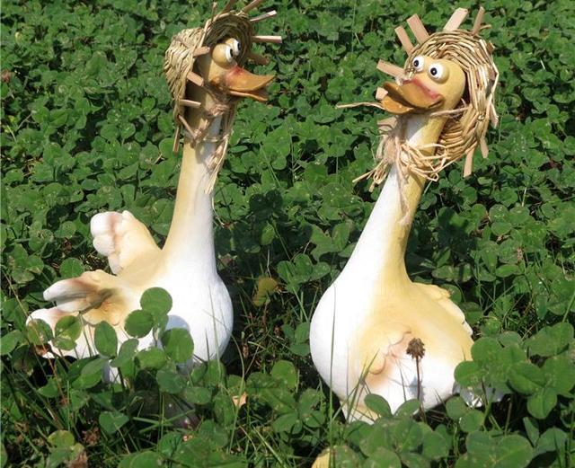 1pcs Cartoon Duck Ornaments, Garden Ornaments Animal Sculptures, Resin  Crafts, Small Garden Fairies