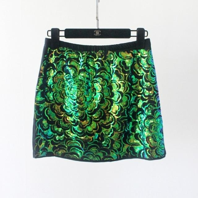 2017 Mode Femmes Fleur Vert Courte À Paillettes Jupe Élastique Taille De  Luxe Un Linge Jupe 1e9d068020e