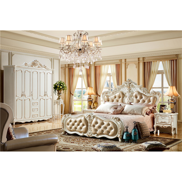 Fancy Latest Royal Wooden King Size Bed Design