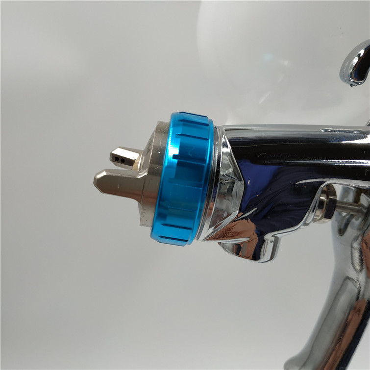 free shipping, Japan W101 spray gun,W-101-134G HVLP manual painting gun,gravity feed type,car painting, with plastic cup 400