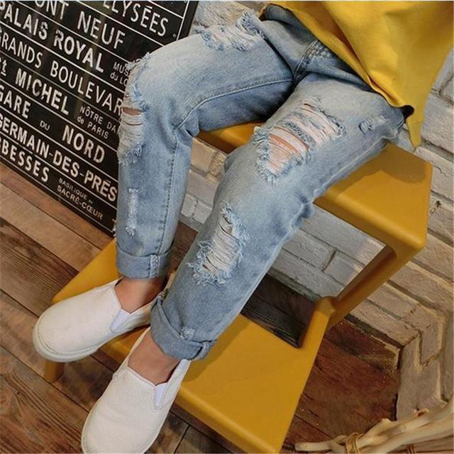 Crianças Jeans Menina 2016 Moda Grande Buraco Denim Calças Soltas Luz Azul Em Linha Reta Calças Das Crianças Roupa Das Meninas