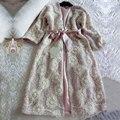Camisola Das Mulheres de outono e Inverno Pijamas de Seda Roupão de banho de Luxo Bordado Longa Noite Robe Camisola Engrossar Sleepwear Pijama