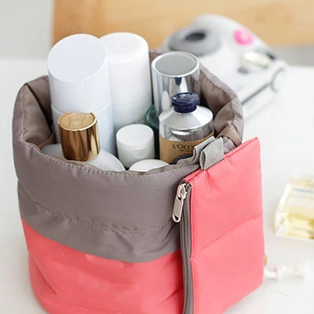2017 New Beautician Necessarie Vanity Pouch Necessaire Trip Beauty Women Travel Toiletry Kit Make Up Makeup Case Cosmetic Bag