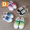 Marca 2017 de La Moda de Primavera Zapatos de Los Niños Nuevos Niños Ocasionales Zapatos 4 Niños de Color de Deporte Zapatillas de Skate Bordo De La Pu de Cuero Niñas la zapatilla de deporte