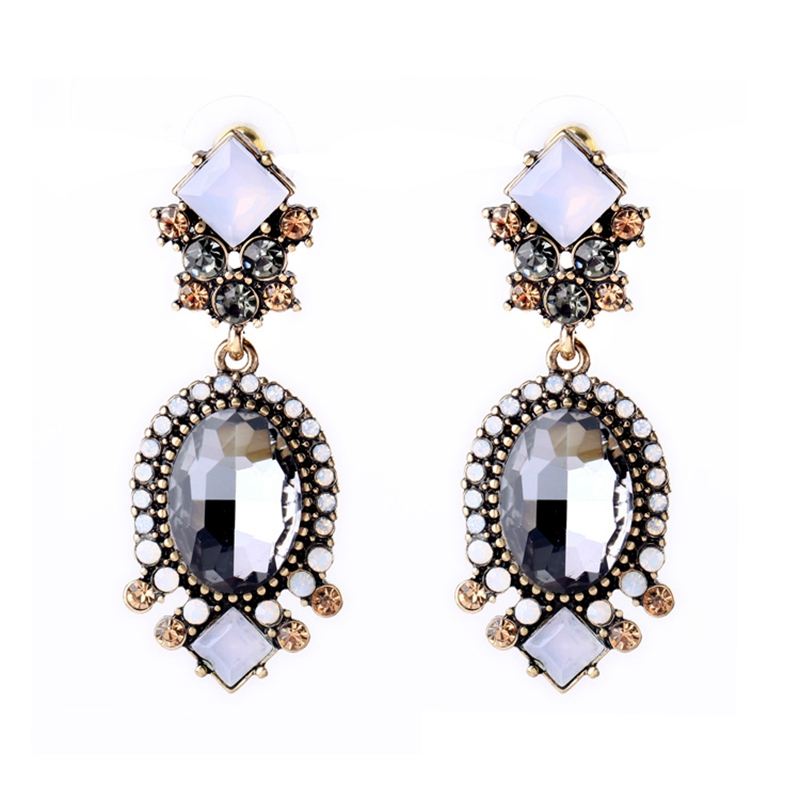 Grey Colour Earrings: New Fashion Grey Color Big Crystal & Alloy Trendy Drop