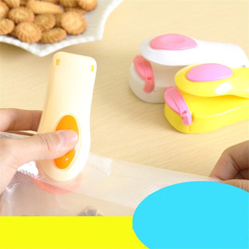 New home portable mini snack bag sealer sealing machine sealing machine hand pressure Travel Free shipping