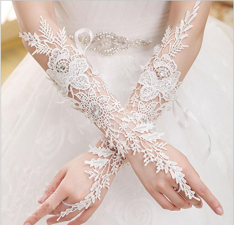 Lace Appliques Sexy Wedding Gloves Fingerless Ivory Event Special Occasion Gloves Host Bridal Gloves