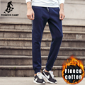 Pioneer camp otoño invierno grueso fleece hombres basculador pantalones ropa de marca de alta calidad caliente masculinos pantalones deportivos pantalones casuales 699018