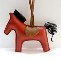 Роскошные ручной работы из овечьей Пояса из натуральной кожи лошадь брелок животных брелок Для женщин сумка Шарм Подвеска сумка Интимные а...
