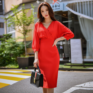 Image 3 - Dabuwawa femmes élégant rouge col en v élégant robe printemps nouveau longue moulante Midi robe lanterne manches robes de fête décontracté