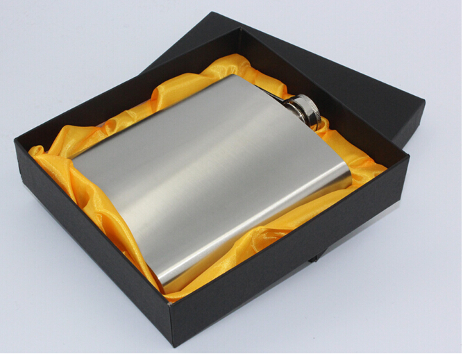 1PC 18oz Hip Drink Liquor Whisky Alcohol hip Flask Travel Outdoor Sports Russian Large Pocket Flask JZ1113 in Hip Flasks from Home Garden