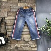 2017 stile di modo delle neonate pantaloni unisex neonate ampia pantaloni gamba denim ragazzi pantaloni sciolti rosso rappezzatura del merletto bambini vestiti