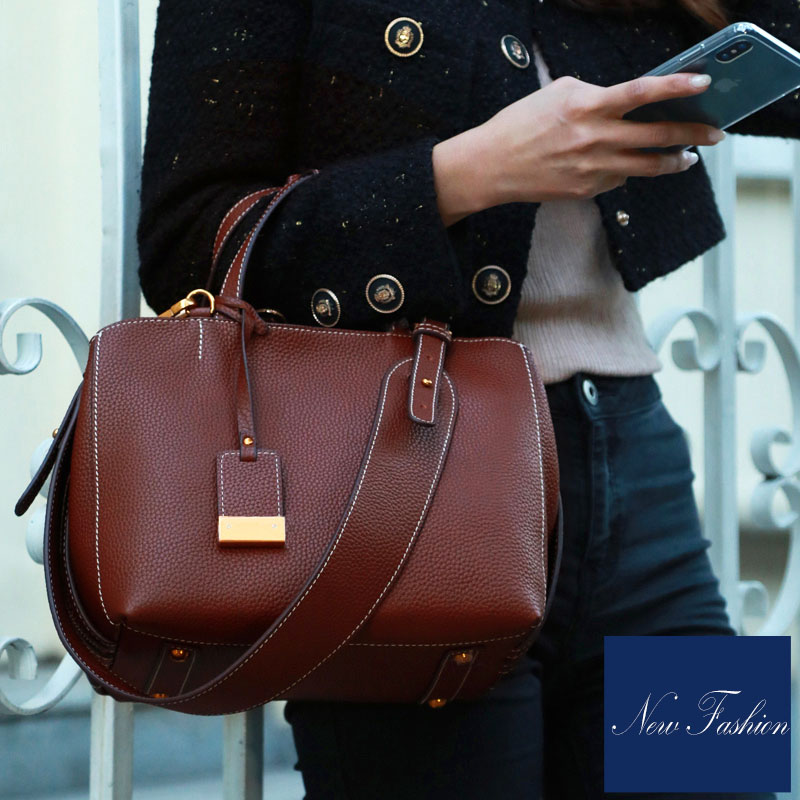 Imported high quality Calfskin women leather handbags Fresh style women crossbody bags Simple Soft women messenger bags stylish and luxurious oval crossbody bags for women soft lychee calfskin with unique locks decorated women messenger bags
