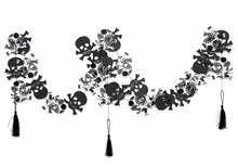 4pcs Black Skull Garland Spooky Banner Hanging Decor Halloween Fall  Photo Prop