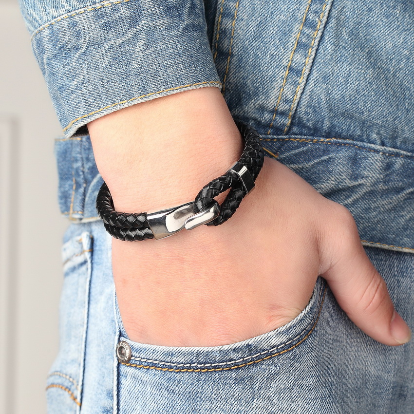 Genuine Leather Stainless Steel Bracelet For Women Bracelets & Bangles Female Leather Bracelet ladies Charm Toggle-clasps