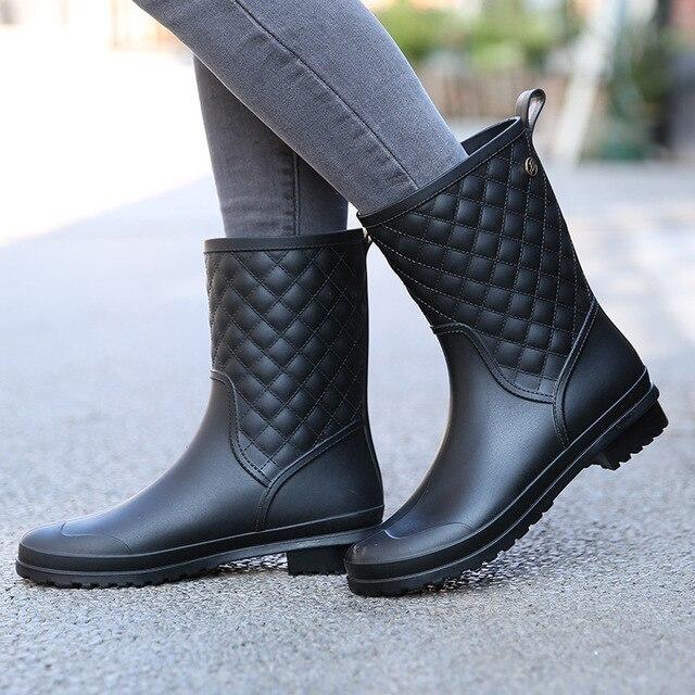 Winter stiefel marke design Stiefel Regen Boot Schuhe Frau Solide Gummi Wasserdichte Wohnungen Mode Schuhe