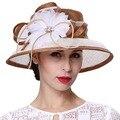 Junio de mujeres jóvenes sombreros de ala ancha estampado de flores Beige marrón Color 100% Sinamay Material Derby partido venta caliente de moda los sombreros de ala
