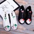 2017 Nueva Llegada de Las Mujeres de Moda Casual Microfibra Zapato Cordón Casuales zapatos de Graffiti Zapatos de Plataforma Zapatos de Primavera Al Aire Libre Tamaño 35-39