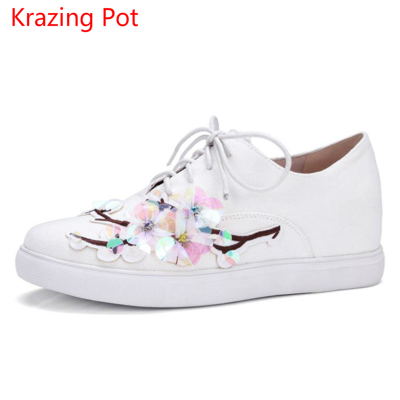 2017 Superstar Flowers Lace Up Round Toe High Quality Classic Increased Solid Platform Causal Sneaker Women Vulcanized Shoes L-1 adidas superstar shell toe fashion sneaker