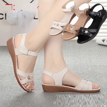 2016 new European fashion women's shoes sexy slim leather sandals low heel tendon end XL 35-43