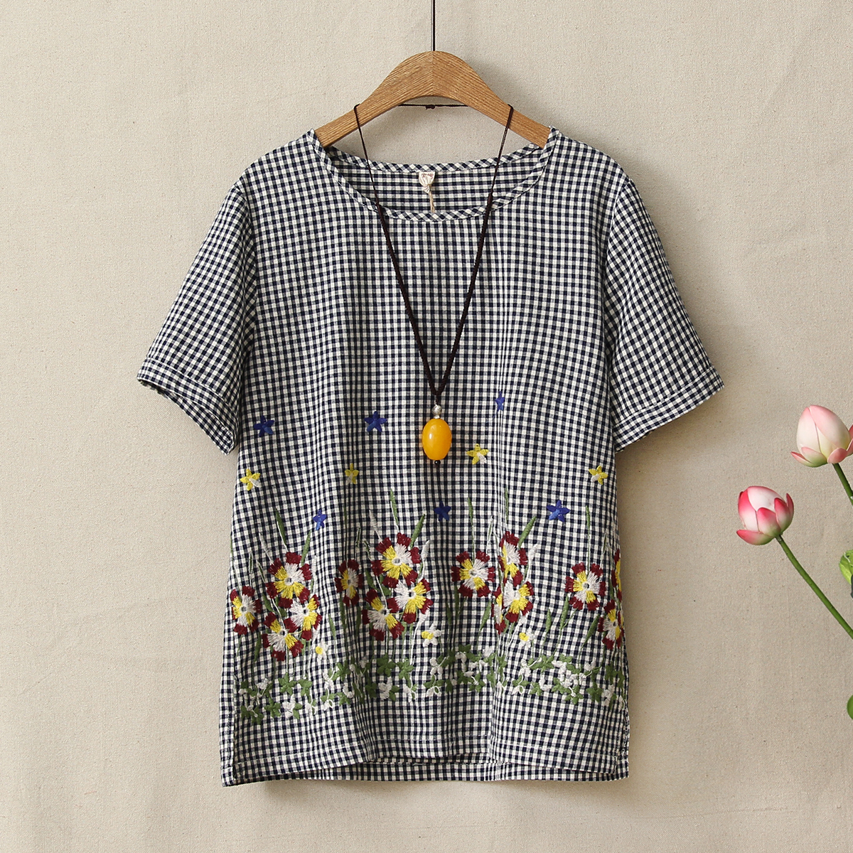 New Cotton Linen T-shirts Short Sleeve Plaid Tops Woman Clothes Summer Embroidery Floral Tee Shirt Women Vinage Round Neck Blusa