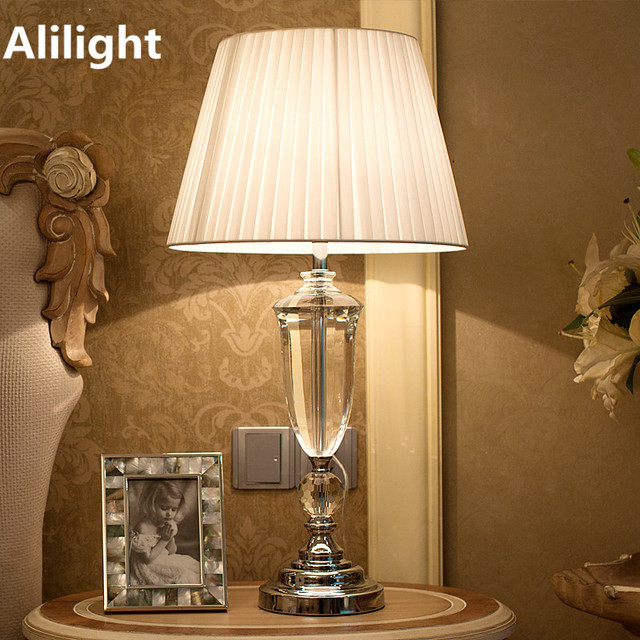Modern Creative Crystal Europe Brief Table Lamp Bedside Lamp Desk Light  Stand Lamp For Bedroom Living Room Lighting Fixtuers