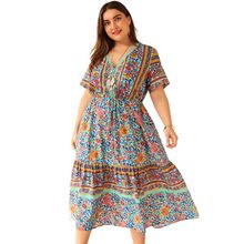 цена на Plus Size Women Holiday BOHO V Neck Floral Print Lace-up Short Sleeve Swing Midi Dress