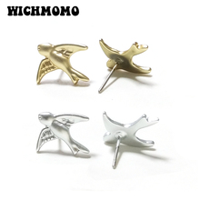 New Fashion 1 Pair Cute Simple 15MM Gold Silver Zinc Alloy Swallow Stud Earrings for Women Party Gif