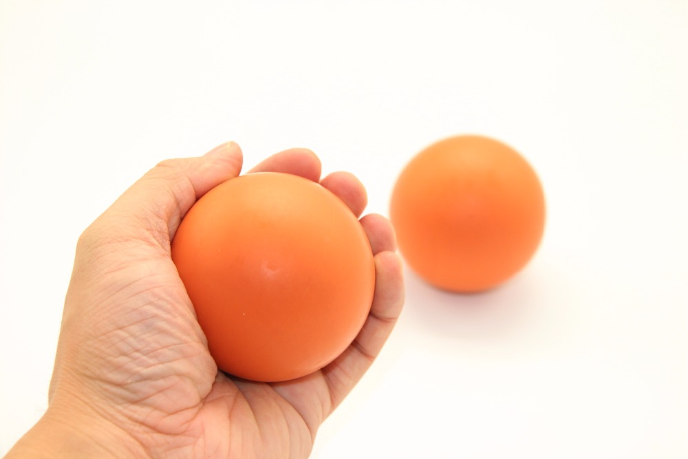 все цены на Gel Reaction Elastic Massage Lacrosse Ball Relieve tension Coordination points Exercise Sports Gym Ball Self massage онлайн