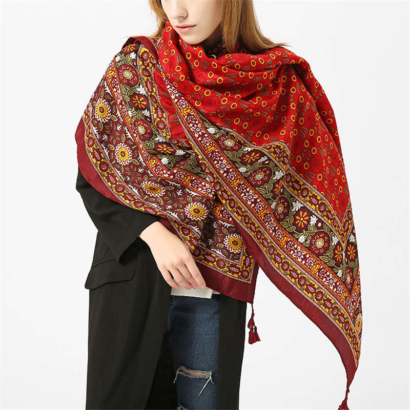 New Luxury Brand for Woman Print   Scarf   Russian Ethnic Style Cotton Flower Pattern Tassel Winter Warm Square Blanket   Scarf   Shawl