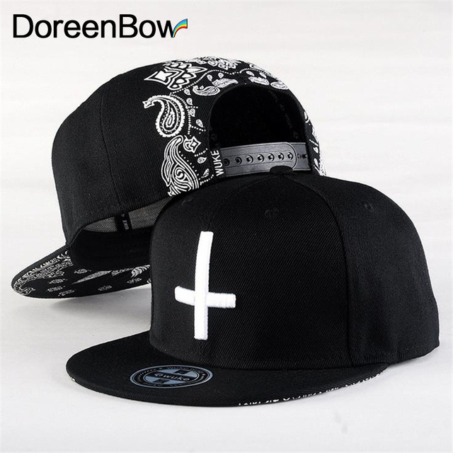 DoreenBow New Fashion baseball caps casual dad hat strap back outdoor blank  sport cap and hat for men and women Cross d39922ea008