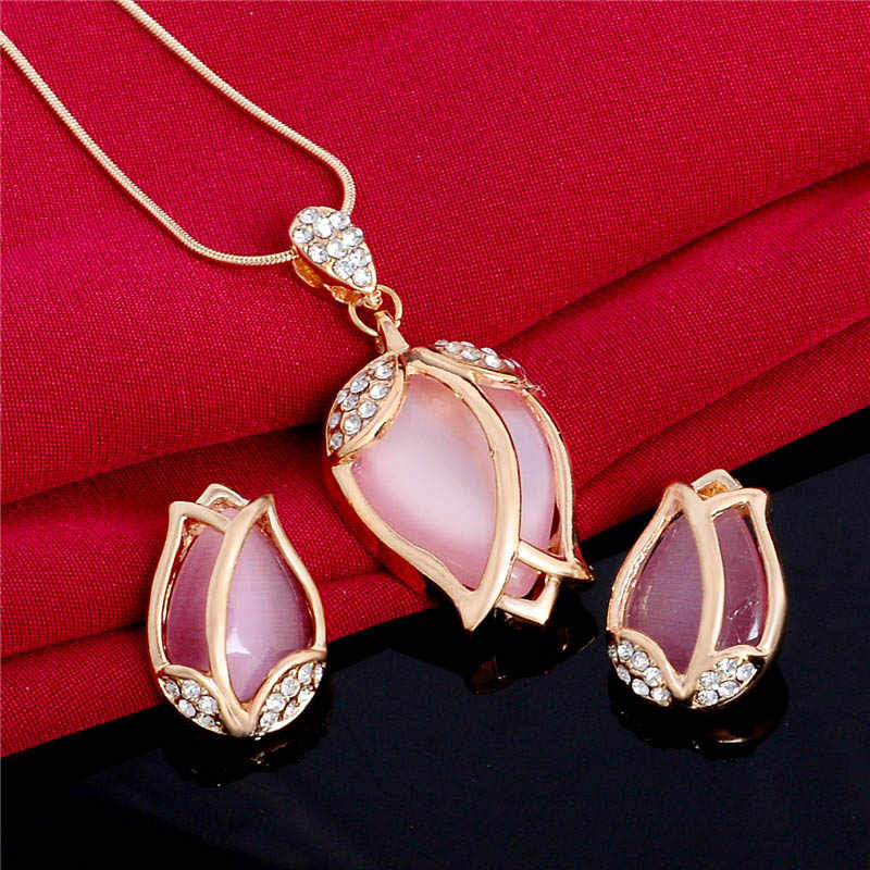 QCOOLJLY Women Wedding Pink Lovely Flower Crystal Stone Cat Eye jewellry sets gold Color pendant necklace earrings