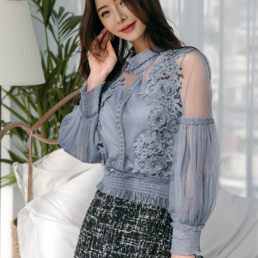 Women's Clothing 2018 Summer New Womenvintage Floral V-neck Lace Long Sleeve Shirt