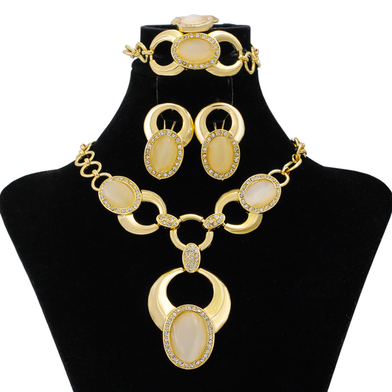 European Fashion Wedding Party 24 Gold Jewelry Sets Crystal Necklace Bracelet Earring Charm Women Anniversary Commemorate GiftEuropean Fashion Wedding Party 24 Gold Jewelry Sets Crystal Necklace Bracelet Earring Charm Women Anniversary Commemorate Gift