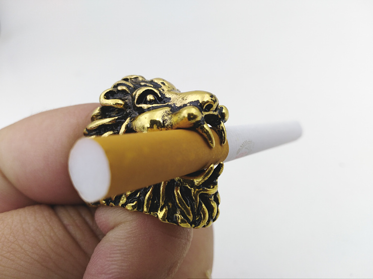 New Smoke ring Lion Design cigarette holder Rack Finger Ring for 8mm Cigarette Smoking Accessories